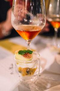 abbunare il vino ai piatti